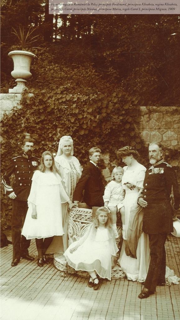Familia regală a României la Peleș