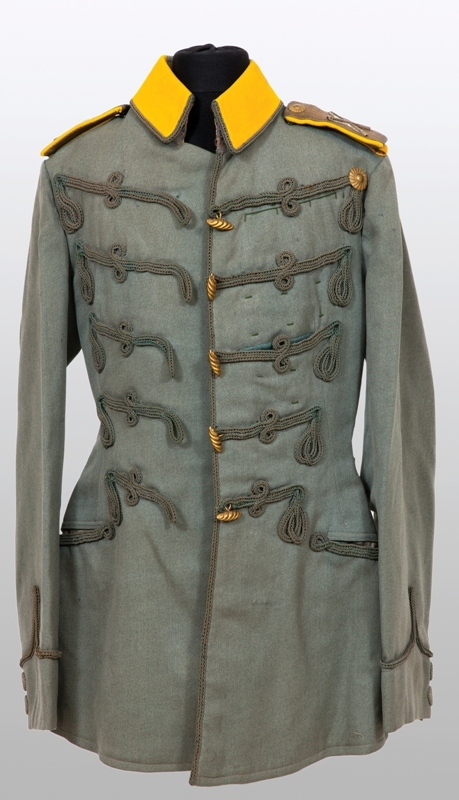 Tunică de cavalerie cu epoleți de mareșal